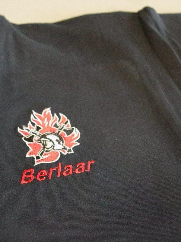 T-shirt met geborduurd logo + korpsnaam + naam