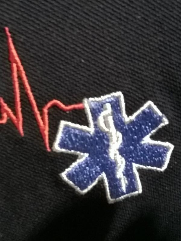 t-shirt ambulance met geborduurde star of life