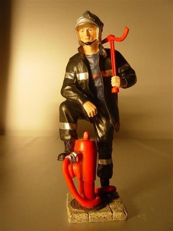 Brandweerman met sleutel