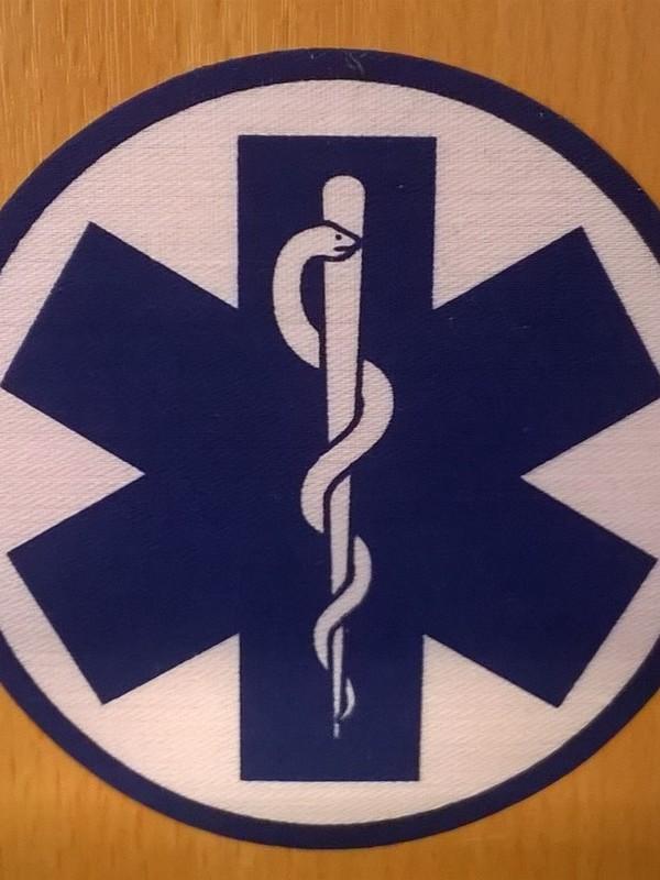 Strijklogo ambulance rond 8cm